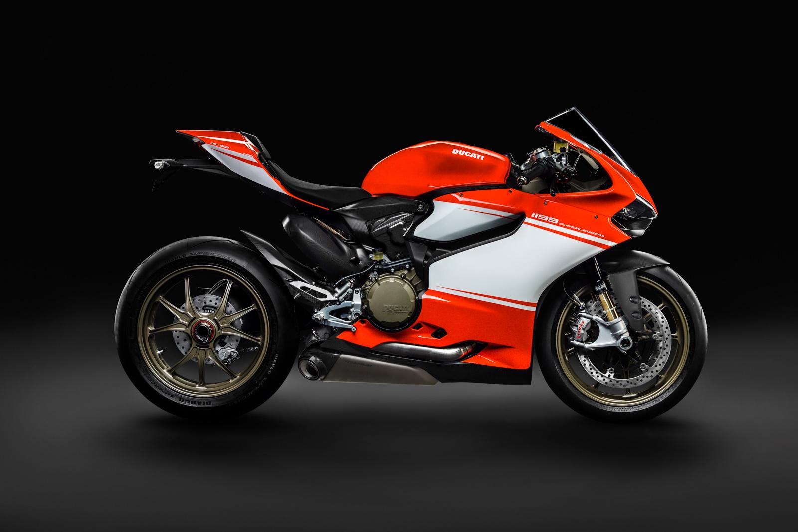 Ducati Superleggera  Specs