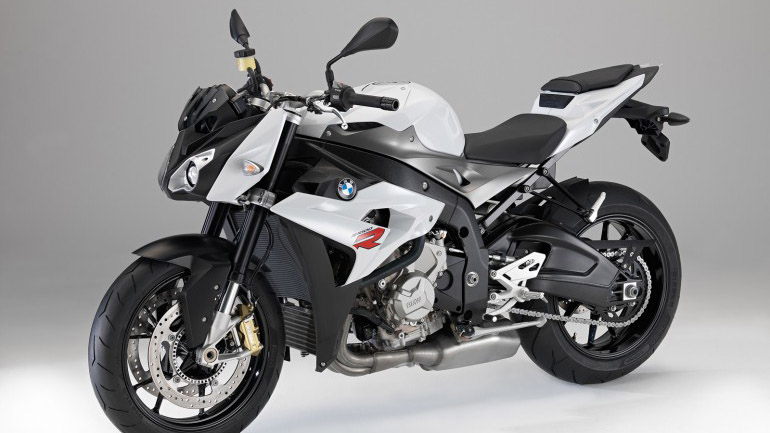 2014 bmw s 1000 r official specs reveal 160 hp rideapart. Black Bedroom Furniture Sets. Home Design Ideas